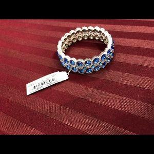 (FREE SHIPPING)Nine West Blue Nickel Bracelet